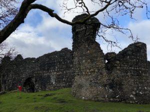 NO F11 Inverlochy Castle ruins