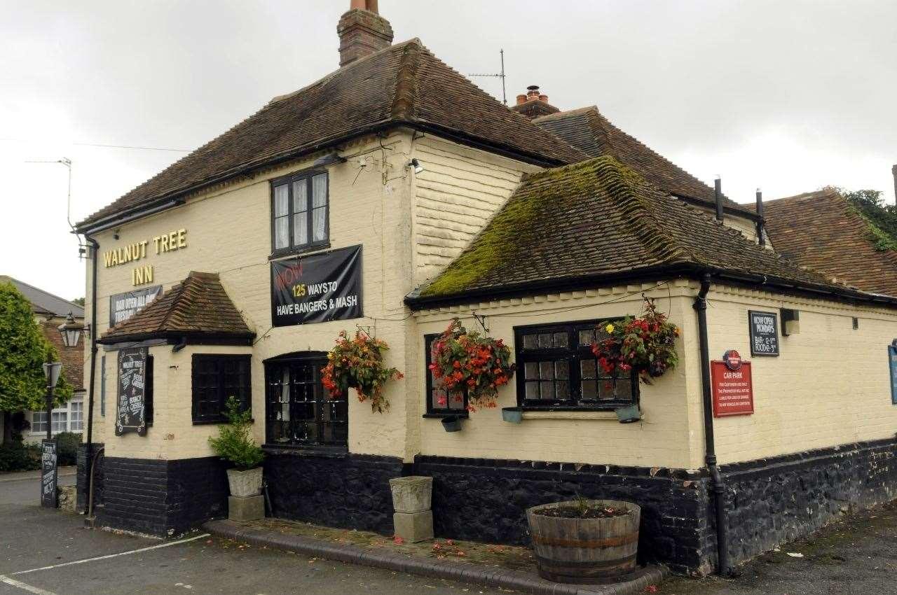 Walnut Tree Inn, Aldington