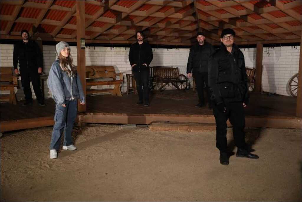 image004 1 1024x685 - Singer Loren Gray Joins Zak Bagans and the GHOST ADVENTURES Crew to Investigate Haunted Hotel in Joshua Tree